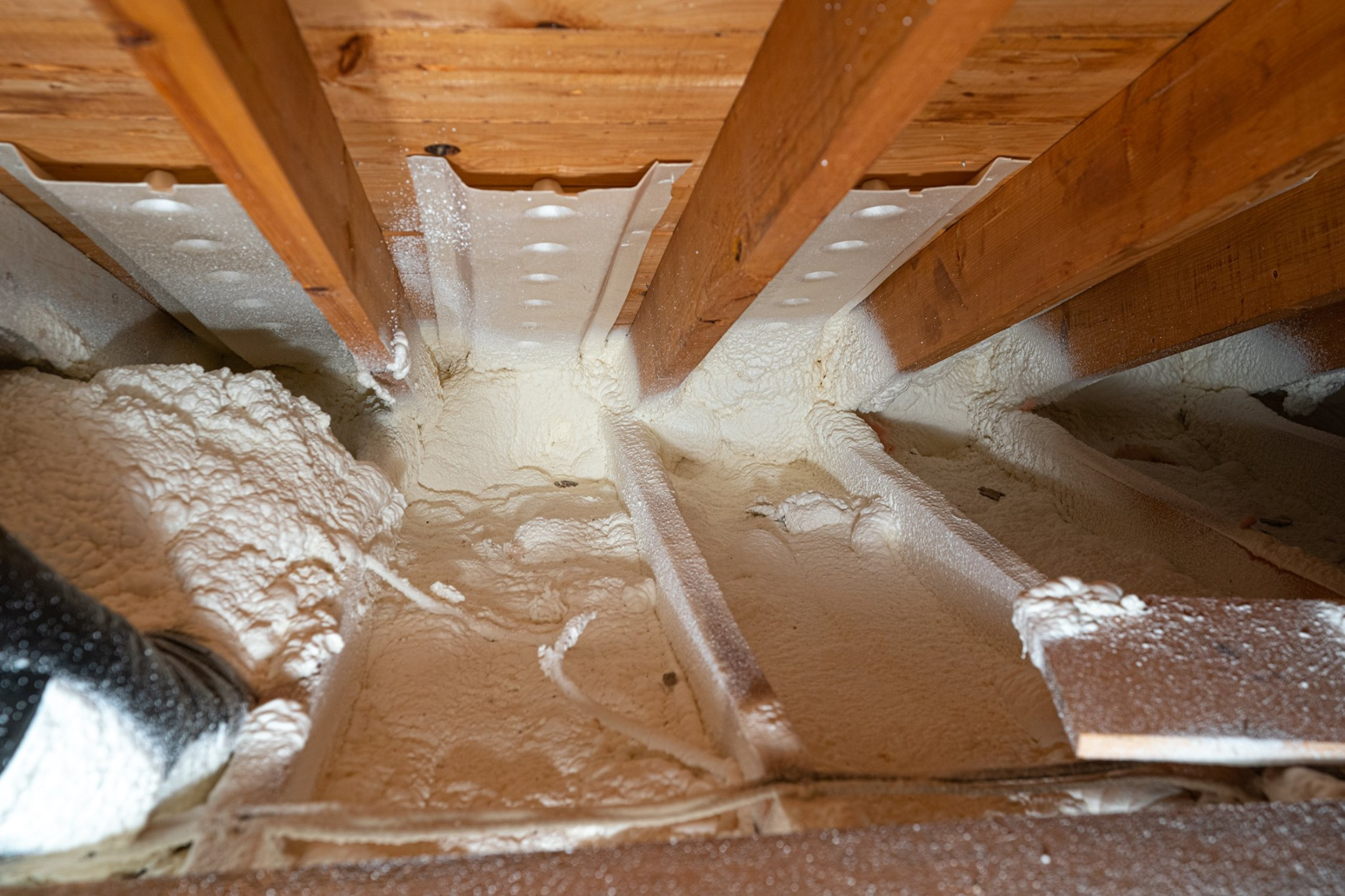 Do You Need Attic Vent Chutes Installed In Your Home? | Lindus ...