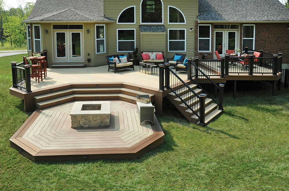 large trex decking porch   Custom Wood & Composite Decking in MN & WI by Lindus ...