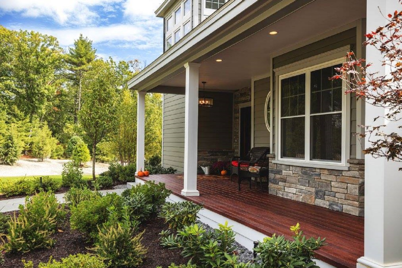 Should I Build My Own Deck Or Hire A Pro Lindus Construction