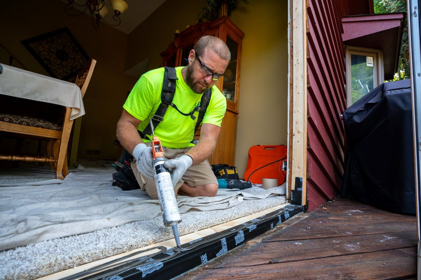 Get the Scoop on Six Popular Types of Caulking | Lindus