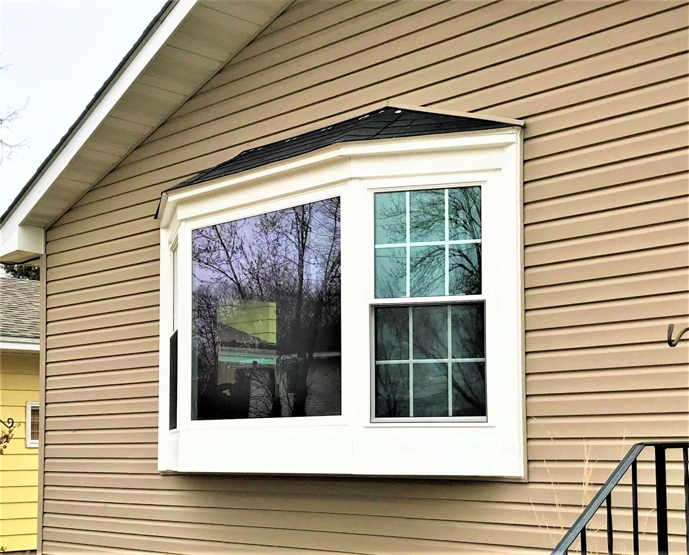 fridley bay seasonGuard window